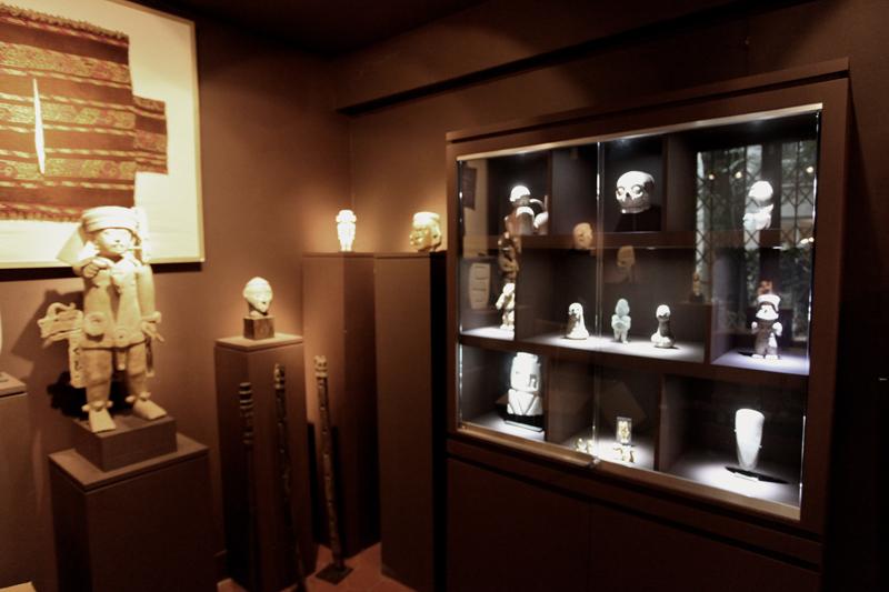 Wohnwand Vitrine Galerie : Vitrines galerie ghezelbasch sur mesure