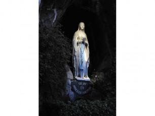 Restauration des éclairages de la grotte de Lourdes